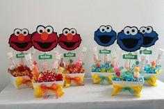 Sesame Street centerpieces Monster 1st Birthdays, Monster Birthday Parties, Elmo Party, Elmo Birthday, Baby 1st Birthday, Birthday Party Themes, Birthday Ideas, Carnival Birthday, Seasame Street Party