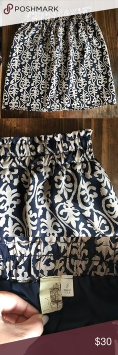 Francesca's • Beautiful Pullon Skirt Adorable pull on skirt. Navy wig tan design. Stretch waist. Never worn. Perfect condition. Francesca's Collections Skirts Mini