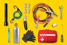 11 Emergency Essentials To Keep In Your Car