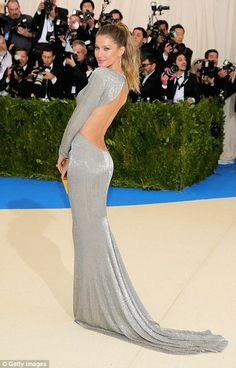 Met Gala 2017: Gisele Bundchen leads the arrivals | Daily Mail Online