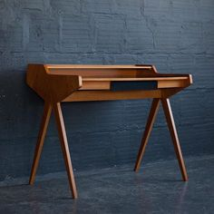 Would you just look at this sexy #HelmutMagg '50s drafting #desk!  Loving all the #vintage stuff I'm finding over on @Chairishco. See all my picks - link in profile. #foundandchairished