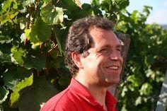 Gerhard Schwarztrauber ist Bio-Winzer des Jahres laut Mundus Vini Biofach 2015. https://pfalzweinproben.wordpress.com/2015/01/07/mundus-vini-biofach-2015-weingut-schwarztrauber-bio-erzeuger-des-jahres/
