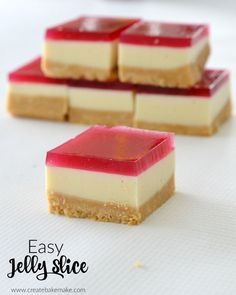 Hands up who loves Jelly Slice! I've tried a couple of versions, but ALWAYS seem to come back to this easy Thermomix Jelly Slice recipe! Jelly Slice is such a classic slice recipe and my Mini Desserts, Easy Desserts, Plated Desserts, Oreo Dessert, Dessert Party, Baking Recipes, Cake Recipes, Dessert Recipes, Tea Recipes