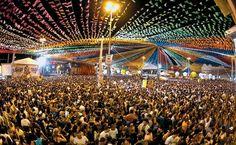 Os festejos de São João em Aracaju se dividem em dois espaços, a Praça Hilton Lopes (foto) e a orla de Italaia