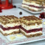 """Sweet sin"" cake Miremirc - Foot and Drink My Recipes, Cake Recipes, Dessert Recipes, Cooking Recipes, Romanian Desserts, Romanian Food, Desserts For A Crowd, Easy Desserts, Christmas Dishes"