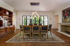 Jodie Foster vende la villa hollywoodiana per $5,75 milioni   #Casedilusso #Celebrità #LuxuryEstate