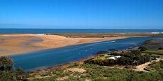 #Oualidia Lagoon, #Morocco. From Villa La Diouana. A differenza di molte altre città del Marocco, piene di cose belle od addirittura straordinarie da vedere, a Oualidia l'unica attrazione è la spiaggia e la sua scenografica laguna. E la spiaggia è godibile da giugno a settembre. Il mare è sempre (molto) freddo anche in luglio ed in agosto, impossibile stare in acqua per ore come siamo abituati nello stesso periodo nel Mediterraneo.