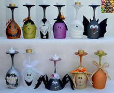 Over 40 of the BEST Homemade Halloween Decorating Ideas Halloween Wine Glass Candle Holders…these are the BEST Homemade Halloween Decorations & Craft Ideas! Dulceros Halloween, Adornos Halloween, Manualidades Halloween, Holidays Halloween, Group Halloween, Halloween Crafts To Sell, Halloween Kitchen, Spirit Halloween, Halloween Costumes