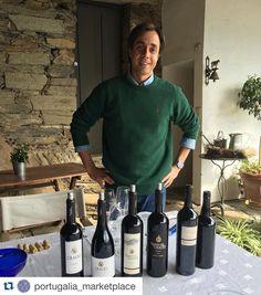 Uma prova de vinhos na Quinta do Crasto com o nosso enólogo Manuel Lobo de Vasconcellos. Bom fim de semana! ;)  A wine tasting at Quinta do Crasto with our winemaker Manuel Lobo de Vasconcellos. Have a nice weekend! ;)  #QuintadoCrasto #Douro #Vinho #Wine #Wein #Vin #Vino #WinesofPortugal #ワイン #포도주 #酒 #вино #Viini #WinesofPortugal #PortugueseWines #VinhosPortugueses #Portugal  Seja responsável. Beba com moderação. Be responsible. Drink with moderation. by quintadocrasto