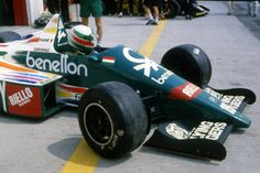 Benetton B186