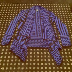 MAKE AN OFFER Tribal Cardigan Perfect condition Sweaters Cardigans