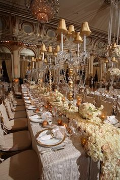 love the decorations on the tables the poor flowers -David Tutera I wish I it was Blue tableclothes!! Ugh I can only Dream