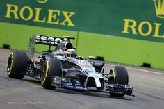 Kevin Magnussen, McLaren, Singapore, Friday practice, 2014