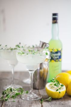 4himglory:  Limoncello & Thyme Fizz | Made by Mary
