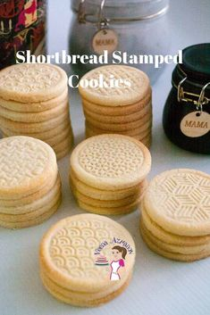 These shortbread stamped cookies are buttery and with a soft crumb that almost melt in the mouth. They are simple and easy to make so they are great Cookie Brownie Bars, Cookie Desserts, Just Desserts, Cookie Recipes, Dessert Recipes, Tea Cookies, Easter Cookies, Yummy Cookies, Shortbread Cookies