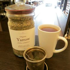 A hot cup of yarrow tea can induce sweating and lower fevers, and ease the symptoms of colds and flu. It is a hemostatic herb and can stop or slow down bleeding. I know many women who successfully use it to reduce heavy menstrual flow. It is also an aromatic digestive bitter. #yarrow Low Fever, Digestive Bitters, Herb Shop, Achillea Millefolium, Wild Edibles, Flu, Get Healthy, Feel Better, Candle Jars