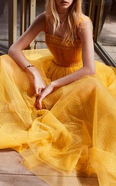 Get inspired and discover Elie Saab trunkshow! Shop the latest Elie Saab collection at Moda Operandi. Tulle Prom Dress, Dress Up, Chic Dress, Homecoming Dresses, Classy Dress, Bridesmaid Dress, Pretty Dresses, Beautiful Dresses, Sexy Dresses