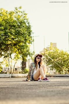 Casaco: Zara Short: Renner Regata: Hering Boné: Nike Tênis: Mary Jane