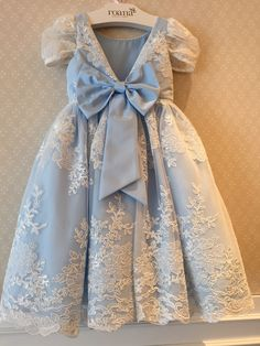 Roana Fashion Kids, Little Girl Fashion, Flower Girls, Flower Girl Dresses, Little Girl Dresses, Girls Dresses, Toddler Outfits, Kids Outfits, Maxi Robes
