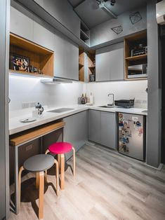 From having invisible cabinets to showcasing smart furniture picks, this tiny bachelor pad home inspires us to declutter and revamp our own space Condo Interior Design, Small Space Interior Design, Condo Design, Small House Design, Apartment Design, Apartment Ideas, Basement Apartment, Apartment Kitchen, Modern Interior