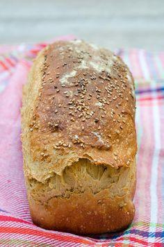 RECETA: Pan con refresco de malta y semillas de sésamo » Wasel Wasel