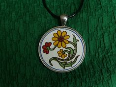 Flower Power.... Pendant (P54) Broken China Jewelry, Vintage China, Red Flowers, Sterling Silver Chains, Flower Power, Ann, Pendant Necklace, Jewellery, Pattern