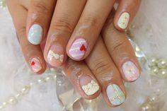 Mismatchy pastel nails