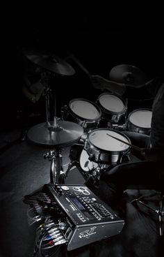 Drums Wallpaper, Full Hd Wallpaper, Iphone Wallpaper, Roland V Drums, Drums Studio, Drum Lessons, Music Aesthetic, Black And White Aesthetic, Wallpapers Android