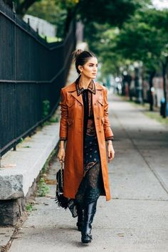 New York Fashion Week Street Style Is Here, So We've Got Like a Million Outfit Ideas Now New York Fashion Week Street Style, Street Style Trends, Spring Street Style, Street Fashion, Summer Fashion Trends, Winter Fashion Outfits, Autumn Fashion, Fashion Tips, Fashion Ideas