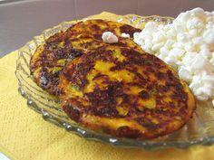 Mau!kas ruokablogi: Raejuusto-kasvispihvit Finnish Recipes, Good Food, Yummy Food, Baked Potato, Mashed Potatoes, Vegetarian Recipes, Food And Drink, Tasty, Baking