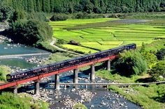 Scenic Trips on the World's Most Luxurious Trains