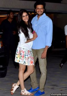 Cute couple Genelia and Riteish Deshmukh. via Voompla.com