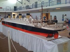 Lego Titanic This thing was about 23 feet long, apparently weighed over 1000 pounds, contained over 250,000 piece and cost around 15,000 to build. Built by Scott Fowler.