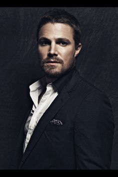 Stephen Amell as Asher Crane Team Arrow, Arrow Tv, Robie Amell, Oliver Queen Arrow, Stephen Amell Arrow, Oliver And Felicity, Felicity Smoak, The Cw Shows, Supergirl And Flash