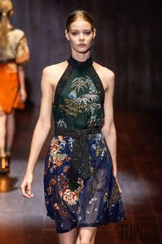Gucci Spring-summer 2015 - Ready-to-Wear - http://www.flip-zone.net/fashion/ready-to-wear/fashion-houses-42/gucci-4952 - ©PixelFormula
