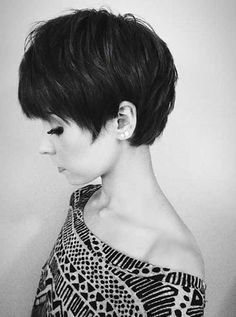 Long pixie haircut looks superb modern and cool. It is best for people who do not have much time in styling their hair. Messy Long Pixie Haircuts for Fine Hair /Via The slight edge makes the textured pixie haircut soft and feminine. Popular Short Hairstyles, Hairstyles Haircuts, Pixie Haircuts, Medium Hairstyles, Short Girl Haircuts, Short Feminine Haircuts, Latest Hairstyles, Hair Styles 2014, Long Hair Styles