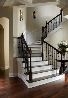 Mc Gregor Blvd - traditional - staircase - tampa - Wyman Stokes Builder LLC - Fox Home Design Staircase Remodel, Staircase Makeover, Staircase Railings, Staircase Design, Banisters, Staircases, Staircase Ideas, Stair Treads, Traditional Staircase