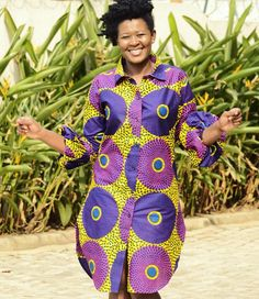 You can wear a straight Ankara shirt dress with a belt to emphasize the waistline. African Shirt Dress, African Print Shirt, Long African Dresses, African Shirts, African Print Dresses, African Clothes, African Fashion Ankara, Latest African Fashion Dresses, African Print Fashion