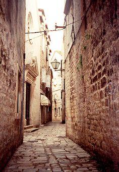 In backstreets Trogir. - Trogir, Splitsko-Dalmatinska