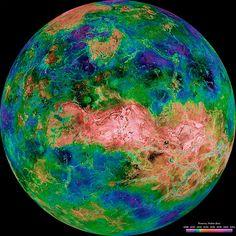 Planeta Venus: Un cálido, infernal y volcánico planeta
