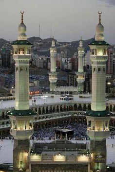 Saudi Arabia! An aerial photo of the world famous Mecca. #Saudi #Arabia #travel