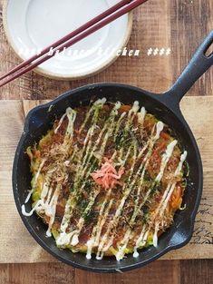 お好み焼き風 キャベツたっぷりオムレツ by 河埜 玲子 「写真がきれい」×「つくりやすい」×「美味しい」お料理と出会えるレシピサイト「Nadia | ナディア」プロの料理を無料で検索。実用的な節約簡単レシピからおもてなしレシピまで。有名レシピブロガーの料理動画も満載!お気に入りのレシピが保存できるSNS。