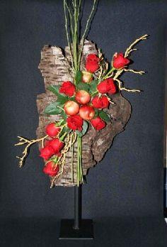 A mono-botanic floral design.       Flower arrangement.    New Garden Club Journal