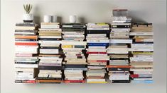 Bookshelf Organization, Bookshelf Design, Bookshelf Ideas, Bookcase, Wall Bookshelves, Floating Bookshelves, Modern Books, Book Storage, Home Office Decor