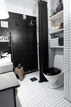 Small black white bathroom ideas tiny black and white apartment decorated with subway tiles home decorators White Apartment, Apartment Interior, Apartment Design, Stockholm Apartment, Studio Apartment, Apartment Therapy, Black White Bathrooms, Black Bath, Bathroom Black