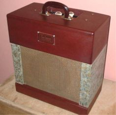 The Maroon and Cream Selmer Amps 1957-59