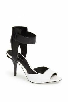 'Tudor' Leather Sandal