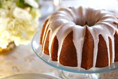 A lemony poppy seed sour cream bundt cake with lemon glaze. Holiday recipe by Tori Avey, perfect for Purim. Purim Poppy Seed Cake with Lemon Glaze Lemon Glaze Recipe, Lemon Icing, Lemon Cakes, Bunt Cakes, Cupcake Cakes, Cupcakes, Köstliche Desserts, Delicious Desserts, Yummy Food