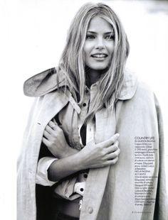 Tori Praver by Matt Jones   Elle Italia March 2010   Fashion Gone Rogue: The Latest in Editorials and Campaigns