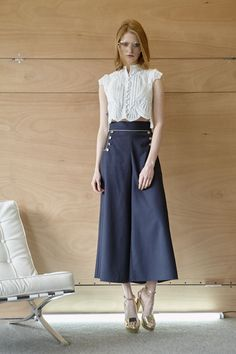 Cool wool παντελόνα και πουκάμισο με appliqué δαντέλα Midi Skirt, Skirts, Summer, Fashion, Moda, Summer Recipes, Midi Skirts, Fasion, Skirt
